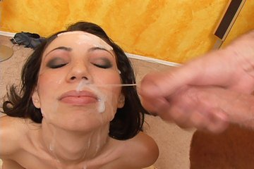 latina bukkake facial cumshots